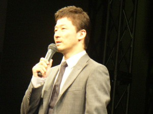マイティ・ソー会見の浅野忠信さん